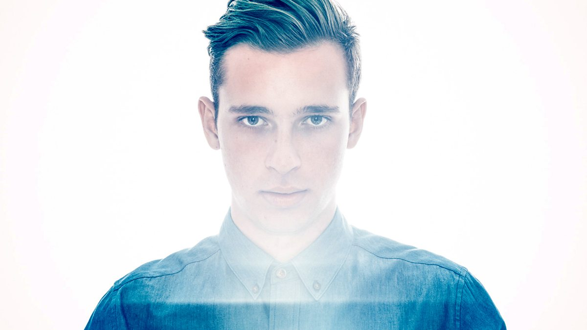 Flume just dropped his huge new single'Never Be Like You'